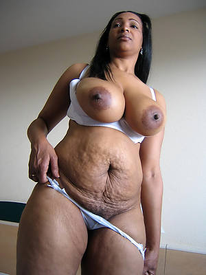hot ebony mature pictures
