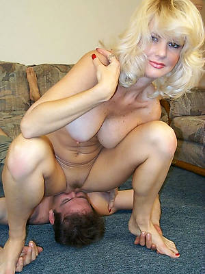 mature women eating pussy amature sex