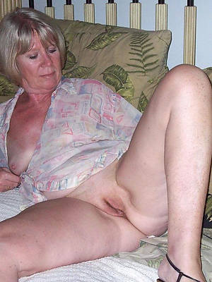 mature blondes porn gallery