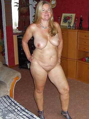 mature blondes sex pictures