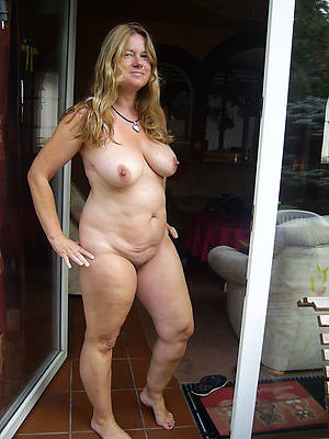 amateur nude ladys pics