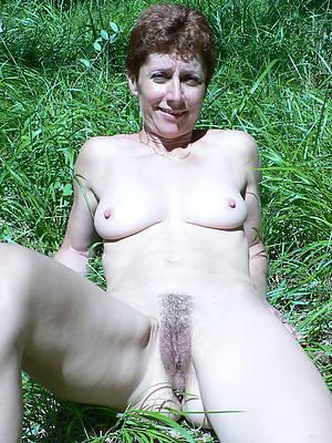 curvy outdoor mature sex pics