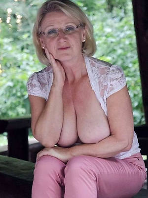 hot sexy grandmas amateur tits