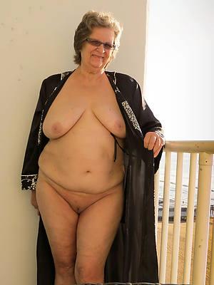 mature ladies over 60 nude pictures