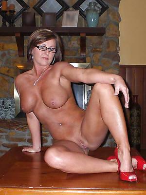 horny mature in heels vacant pics