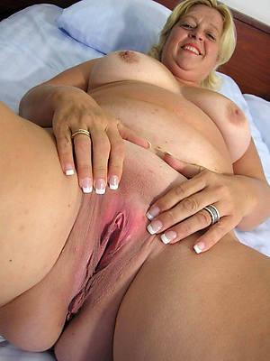amateur sexy horny matures pics