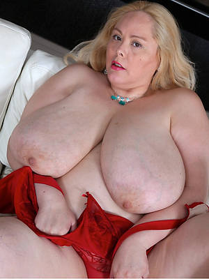 sweet nude mature bbw picture