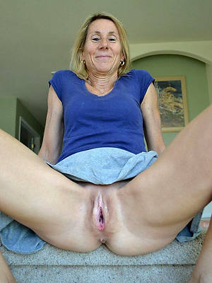 hot older mature galleries