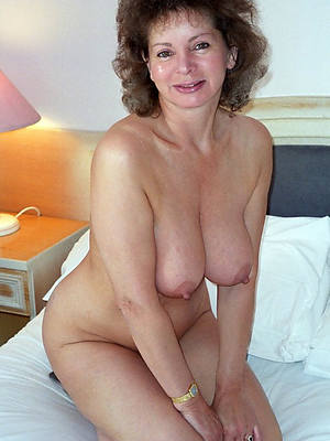 easy porn pics of 40 something mature
