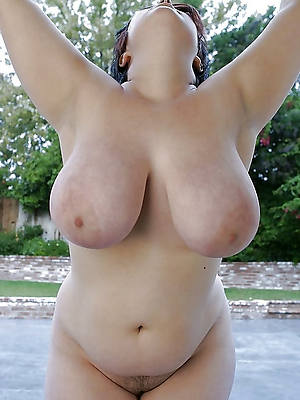 heavy mature boobs porno pictures