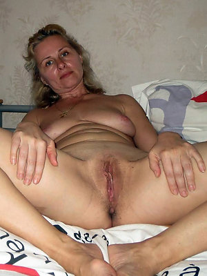 beautiful mature pussy photos
