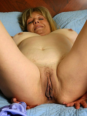 whorish comely mature pussy