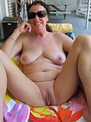 tainted full-grown women pussy