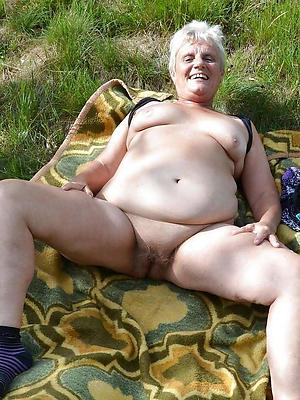 mature women hither saggy tits posing essential