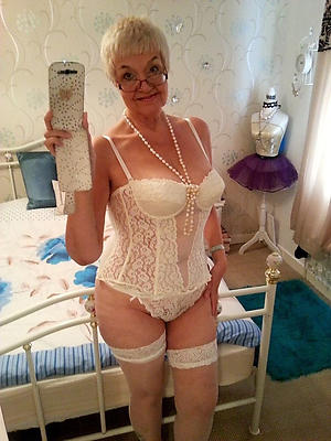 wonderful hot sexy mature selfies