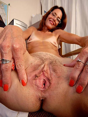 naked mature pussies dirty sex pics