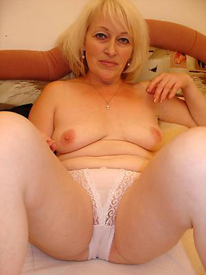 full-grown women in pantys porno pics