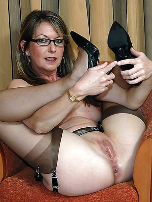 grown up shaved milf amature sex
