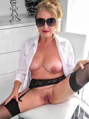 mature shaved vagina gallery