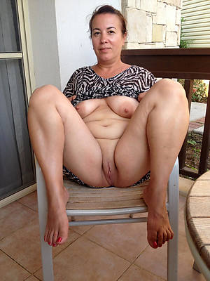 real mature tits porno pics