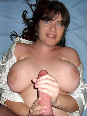homemade matured handjob porno pics