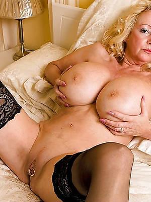 big mature amateur tits gallery