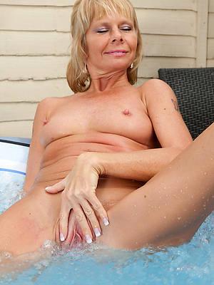 sweet nude matured naked white women pics