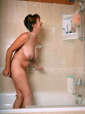 mature wife shower porn pic download