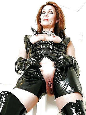free mature in latex porn pic download