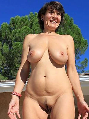busty mature amateurs porno pictures