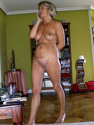 mature amateurs naked