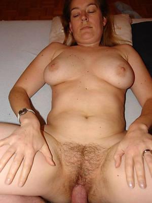 short hair mature lady sex