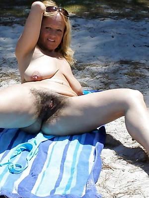 naked pics of mature beach bikini