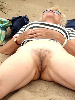 hd mature nude beach photos