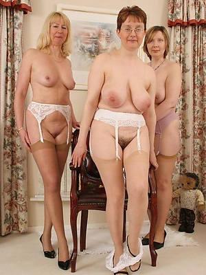 horny xxx mature stockings photos