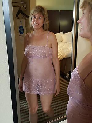 unused mature women non nude porno pics
