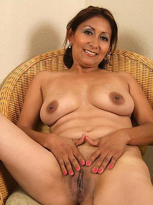 busty mature latinas