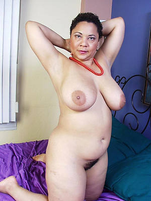 naked pics of sexy mature latinas