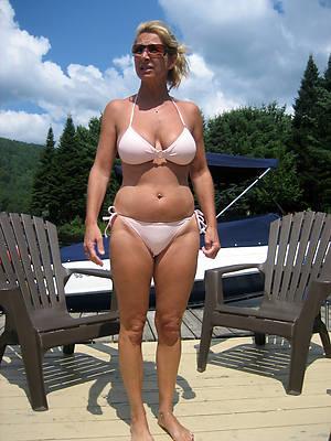 nasty mature in bikini pics