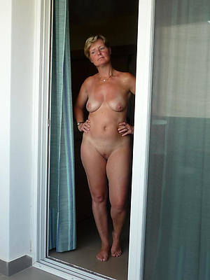 naughty mature housewives see thru