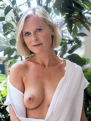 gung-ho 50 year age-old nude women pics