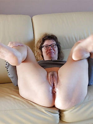 naked pussy mature porno pictures