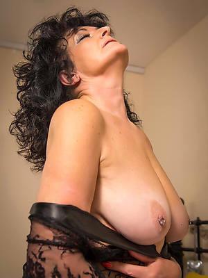 hot sexy mature women intercourse pics