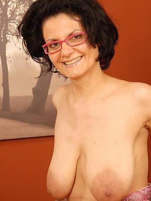 beautifulsaggy mature women pics