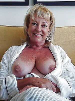 immaculate mature ladies porno pictures