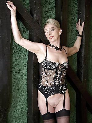 free porn pics be advantageous to mature nude beauty