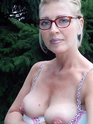 matures with glasses espy thru