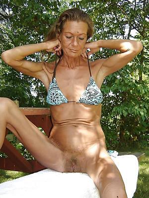 ancient women in bikinis porn pic download