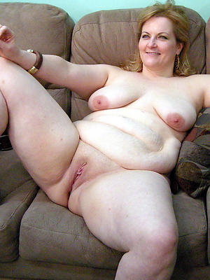 Bohemian pics of mature whittle narrow escape pussy
