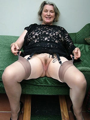 porn pics of mature woman stockings